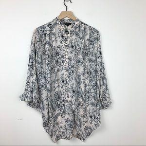 Topshop • Floral Print Hi Lo button down blouse 2
